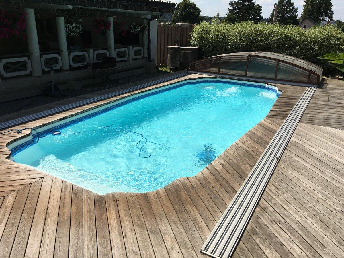 Обустройство композитных бассейнов: преимущества, виды оборудования